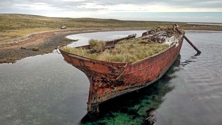 Photo of Garland shipwreck © 2018 Mark Spicer | Falklands Maritime Heritage Trust (FMHT)